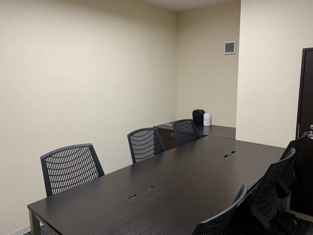 グループワークに使用しているミーティングルーム