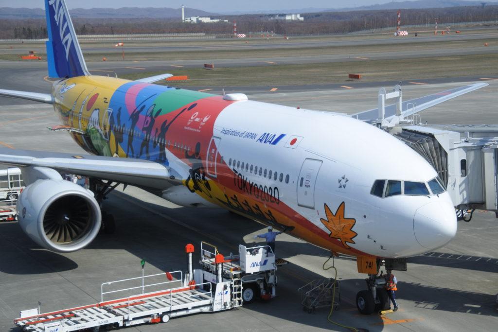 新千歳空港の搭乗中飛行機