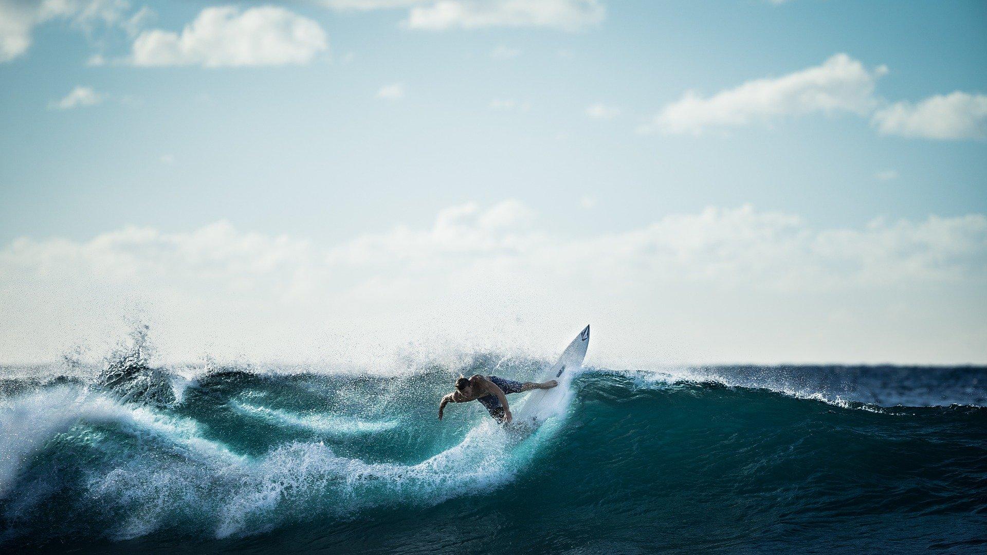 サーファー-うつ症状の波