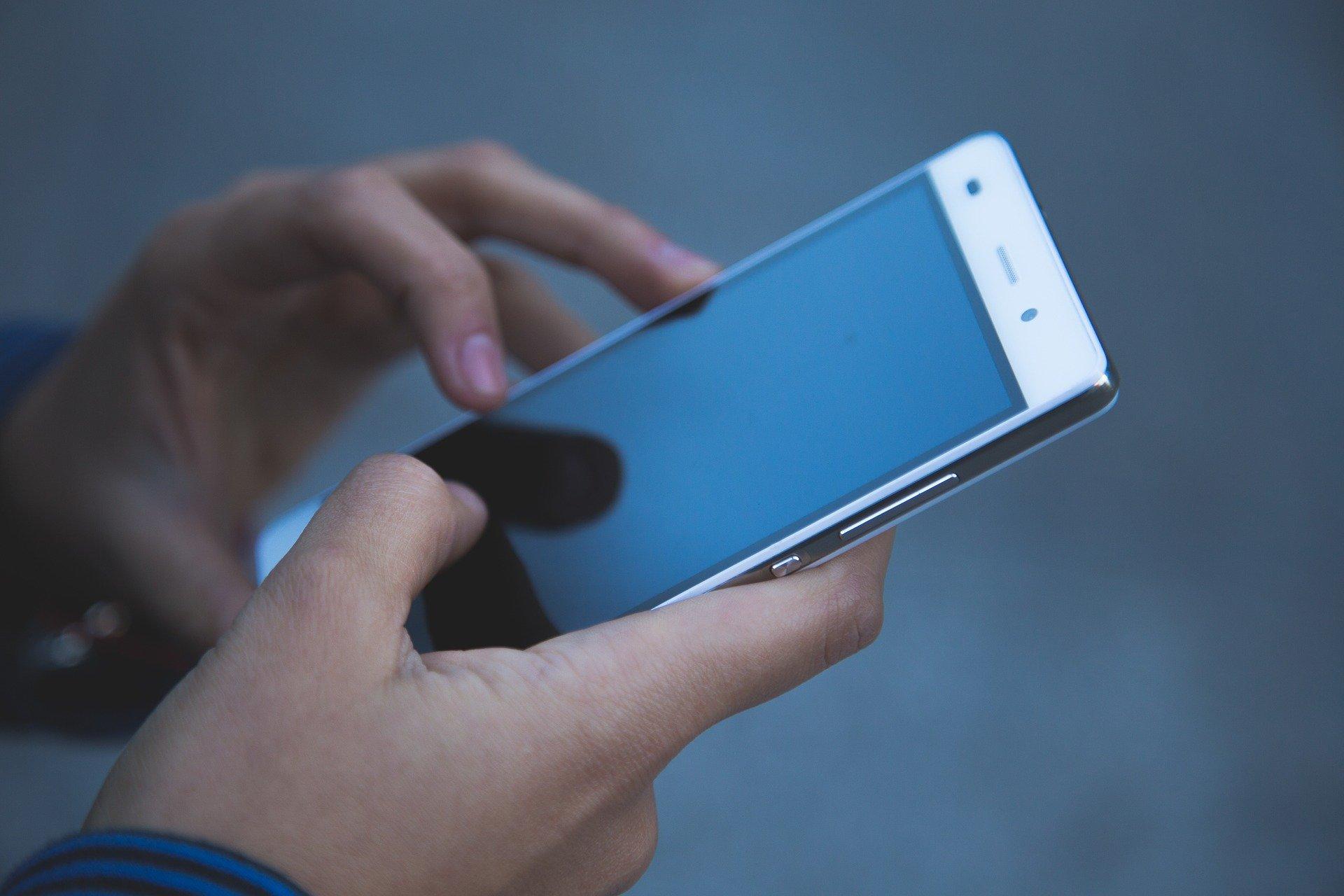 スマートフォン-故障